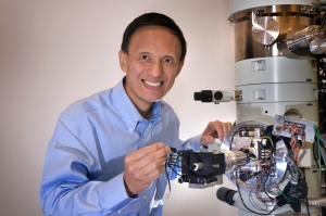 Yimei Zhu, inaugural fellow of the Microscopy Society of America
