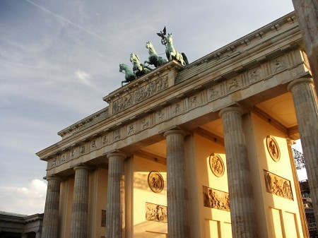 Brandenburger Tor, Berlin, Germany (source: pixelio.de)